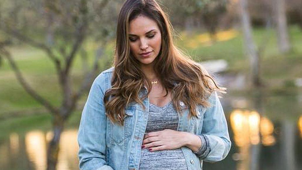 """Helen Lindes anuncia un """"inconveniente"""" en la recta final de su embarazo: """"No todo es de color de rosa"""""""