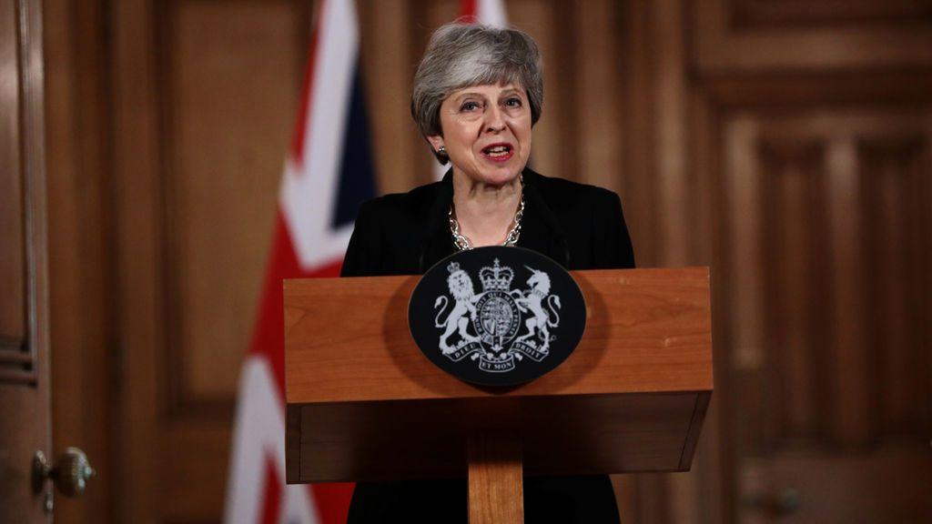 May pedirá una nueva prórroga para el brexit y busca negociar un acuerdo con Corbyn