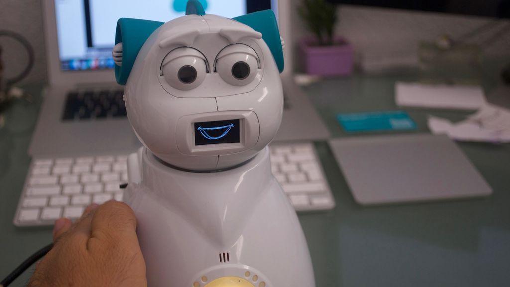 Así es el robot español que ayuda a niños con autismo
