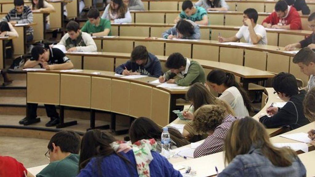 Investigan un profesor de la Universidad de Granada por presunto acoso sexual a siete estudiantes