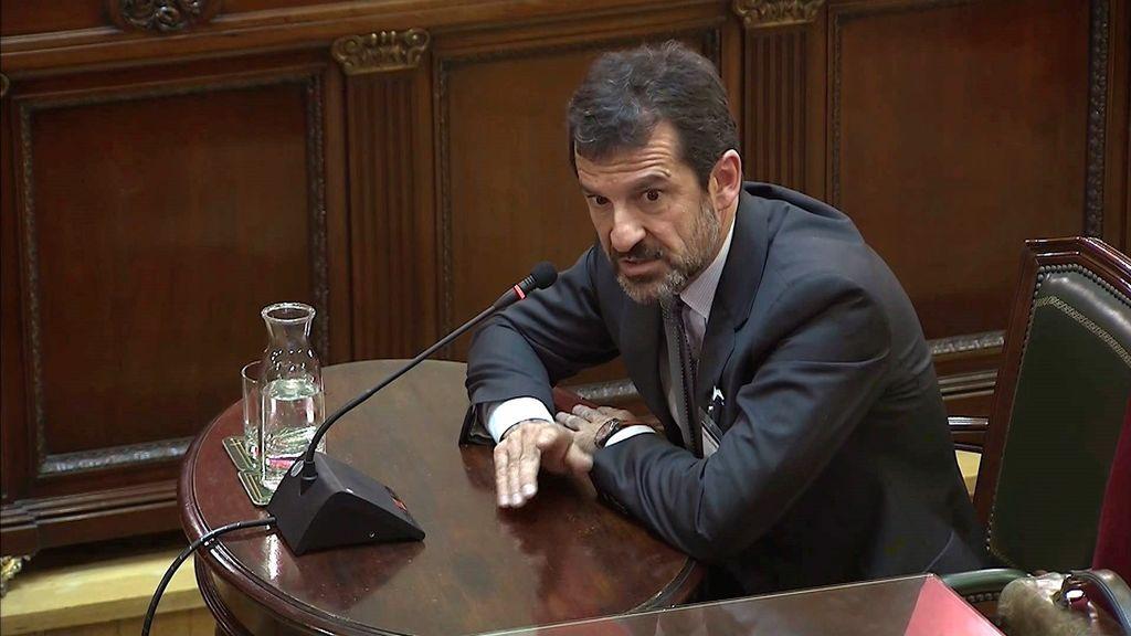Ferrán López, comisario de los Mossos: Puigdemont advirtió de que declararía la indendencia si había violencia en el 1-O