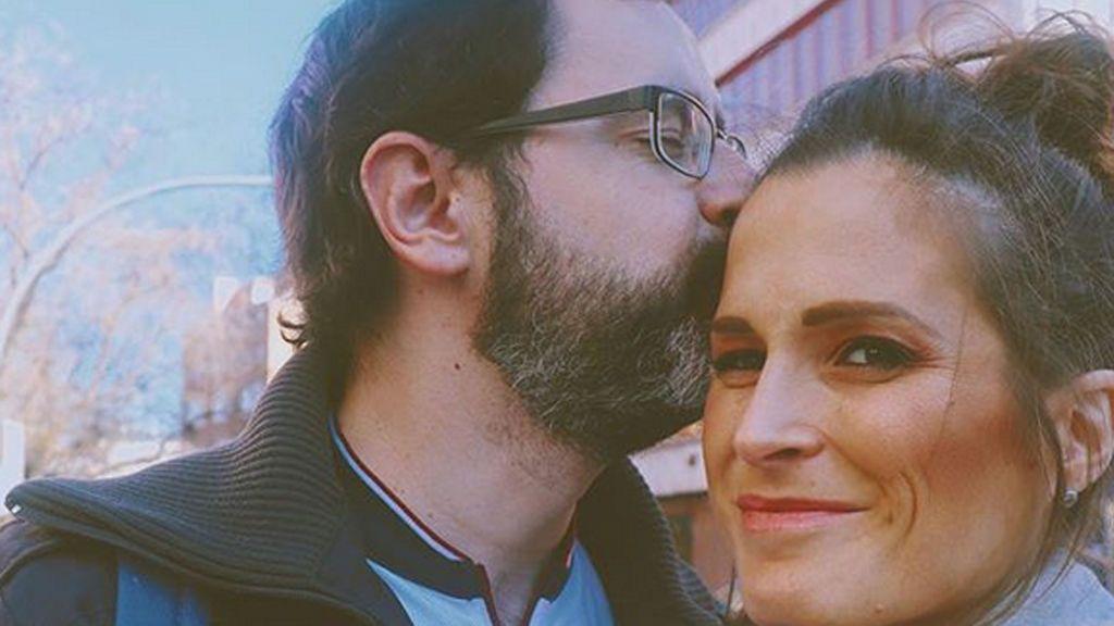 """El marido de Verdeliss cambia de 'look' y pide consejo: """"Ahora toca decidir"""""""