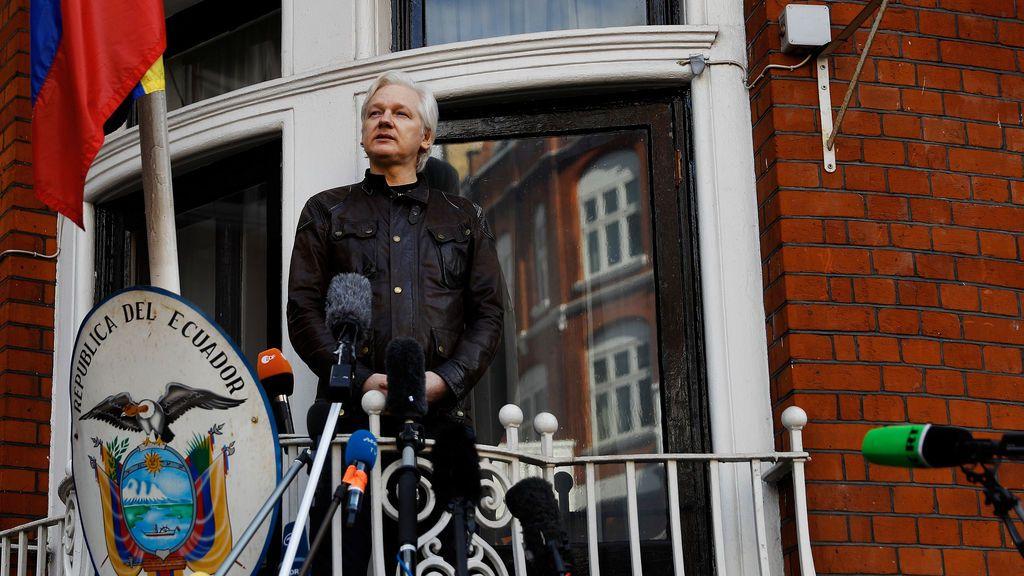 """Wikileaks denuncia que Assange será expulsado de la Embajada de Ecuador """"en cuestión de horas o días"""""""