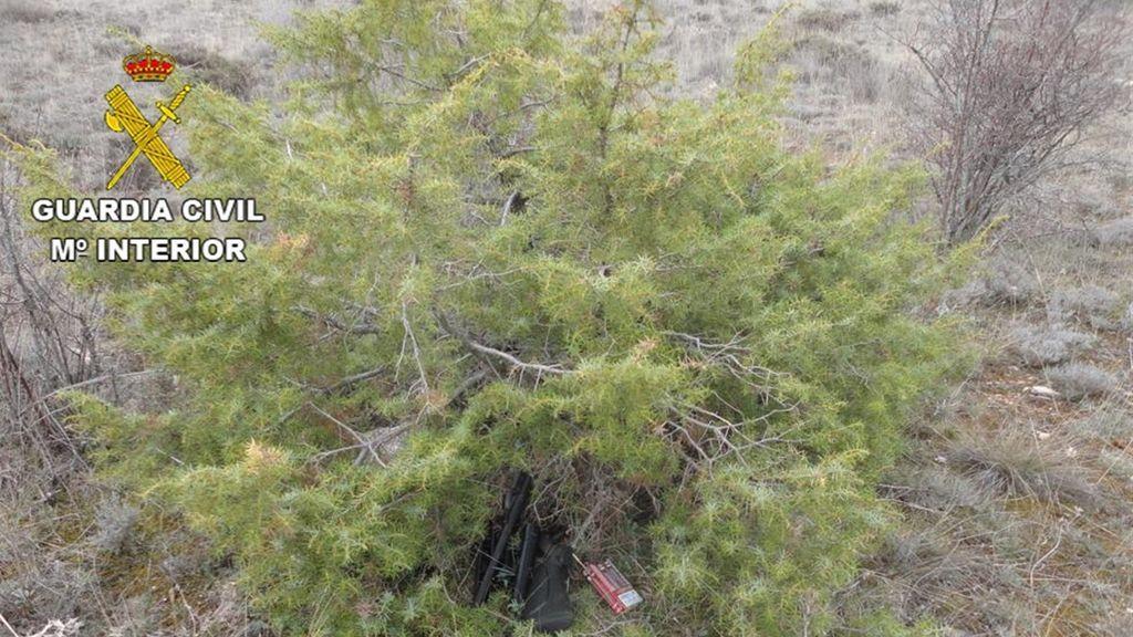Detenidos dos cazadores furtivos que intentaron atropellar a dos guardas de un coto de caza