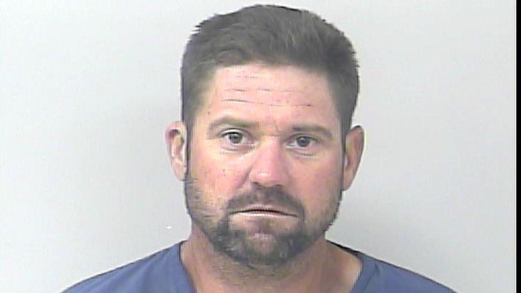 Un ciudadano de Florida sale de la cárcel y a los 15 minutos vuelve a ser detenido