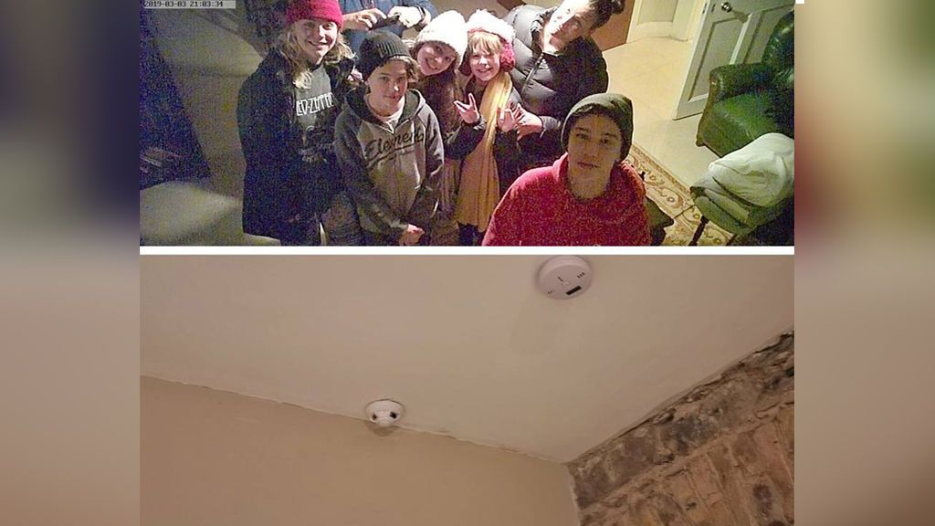 Una familia descubre una cámara oculta espiándoles en el alojamiento que habían reservado