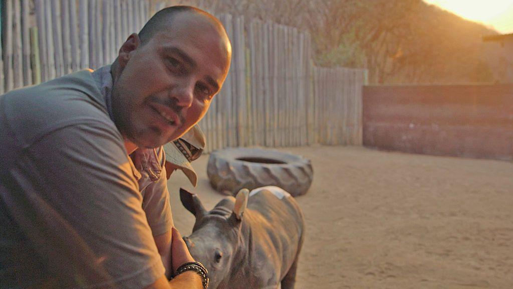 La caza furtiva de rinocerontes, en 'Pasaporte Pampliega'