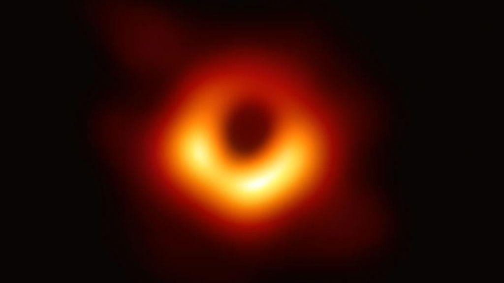 Desvelada la primera imagen de un agujero negro