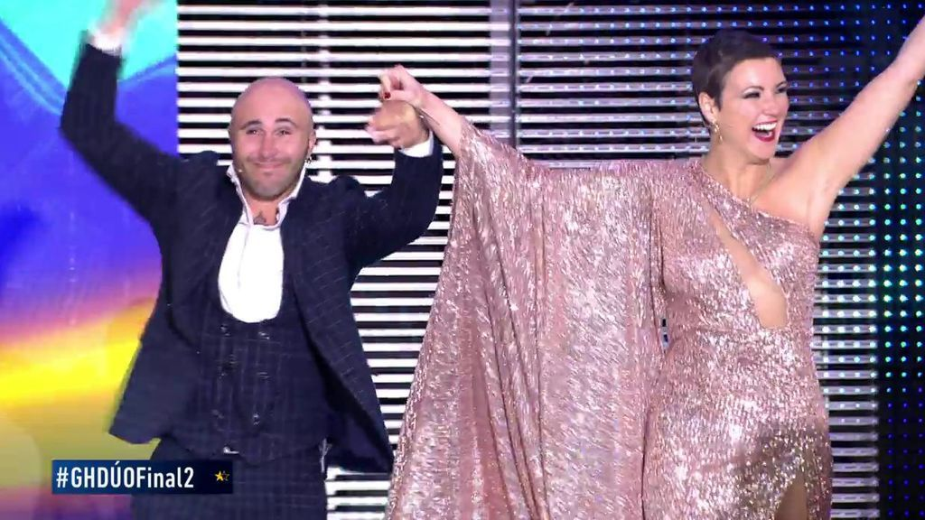 La impresionante entrada de Kiko Rivera y María Jesús en el plató de 'GH DÚO'
