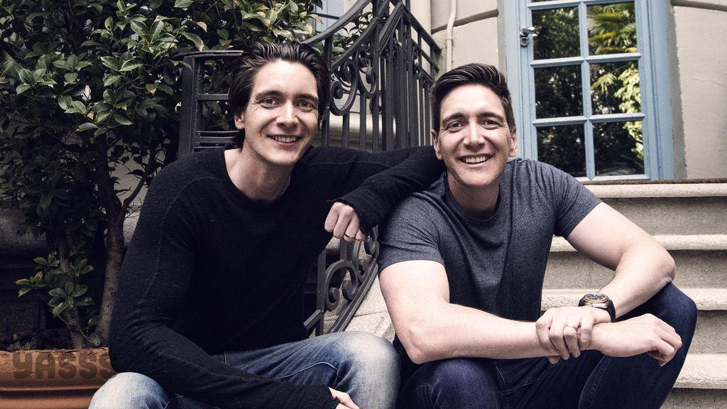 Los hermanos Phelps y Natalia Tena, de Harry Potter, en foto