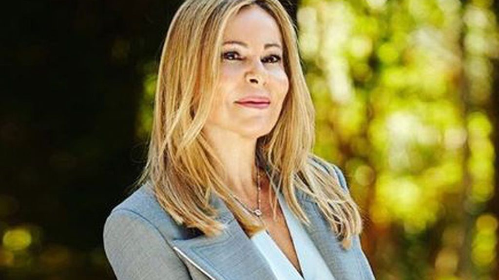 """Ana Obregón reclama a Pablo Casado más dinero para el cáncer: """"Salvar vidas es muy importante"""""""