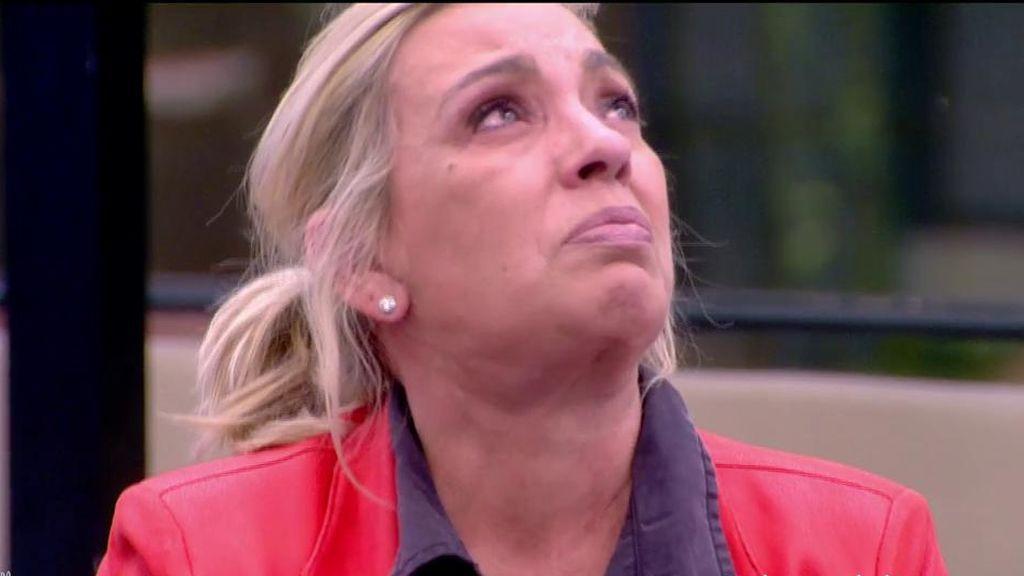 """Carmen Borrego se derrumba en directo: """"No me encuentro bien, me siento inútil"""""""