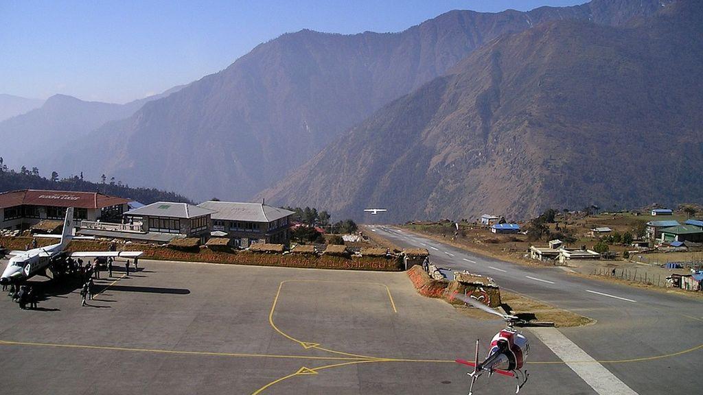 Dos muertos y cinco heridos en un incidente aéreo en Nepal