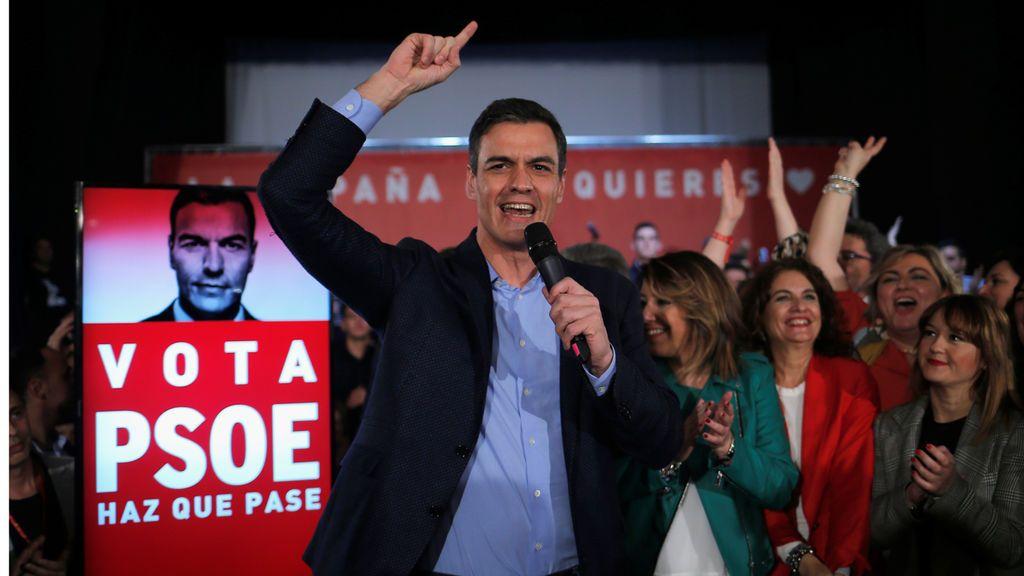"""El PSOE defiende """"un nuevo impulso de autogobierno"""" para atajar la crisis en Cataluña"""