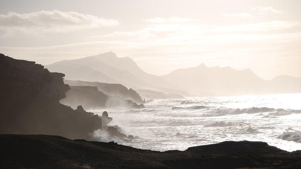 Un hombre fallece al intentar salvar a una joven en una playa de Fuerteventura