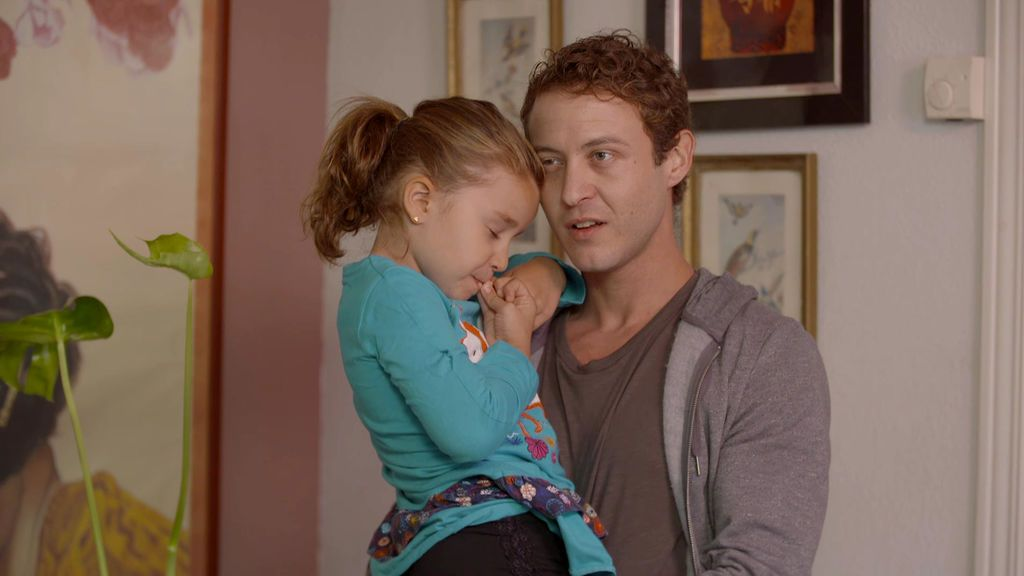 """La ley obliga a que la hija de Natalia siga viendo a su padre: """"Le dan ataques de ansiedad"""""""