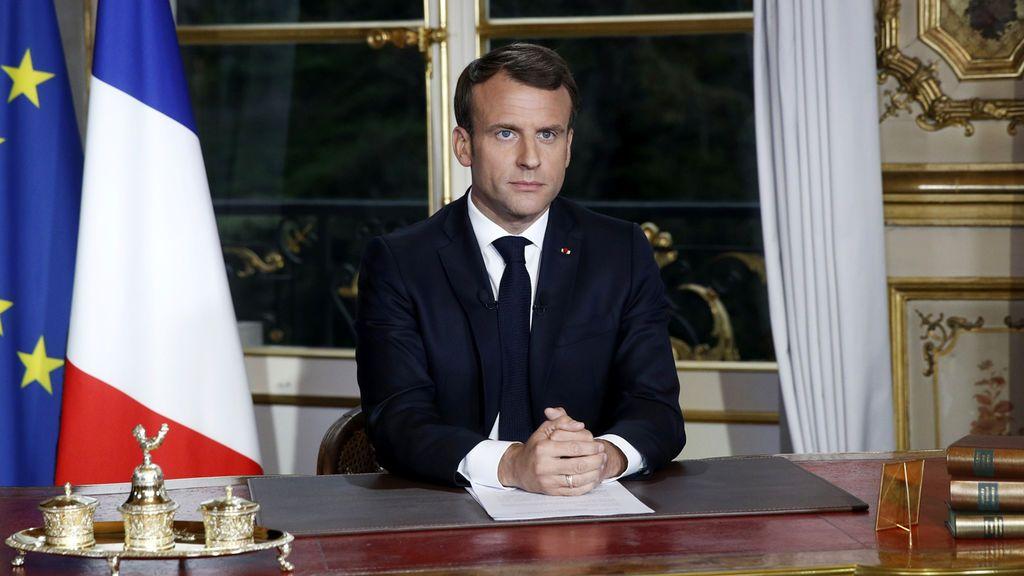 """Macron: """"Vamos a reconstruir Notre Dame en 5 años"""""""