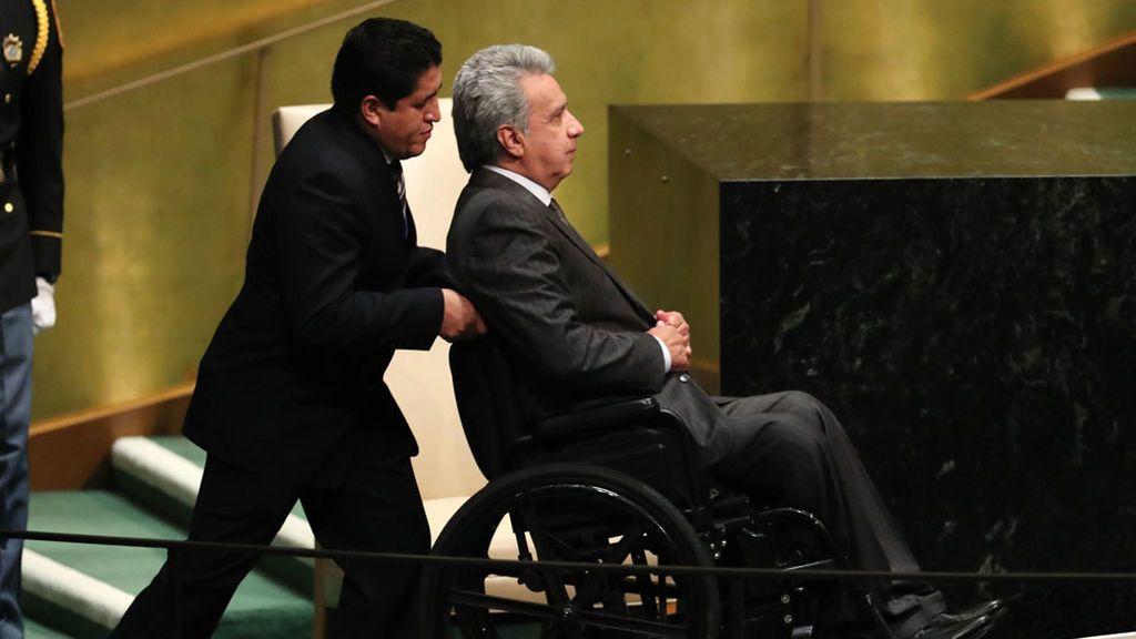 """El presidente de Ecuador vuelve a justificar la retirada del asilo a Assange: Trataba al personal como a """"sirvientes"""""""