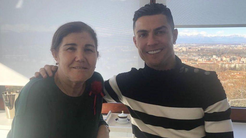 """El mensaje de Cristiano Ronaldo a su madre tras caer en Champions: """"No puedo hacer milagros"""""""