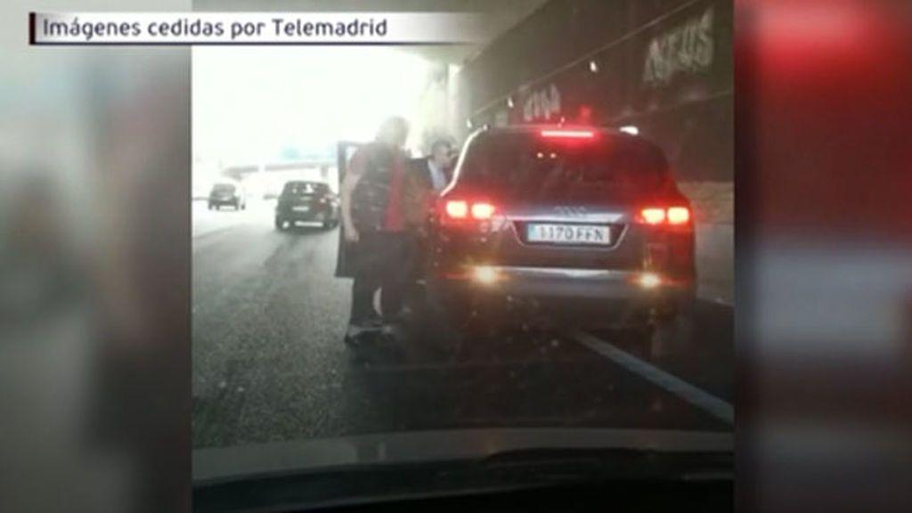 Brutal agresión de tres individuos a un hombre en un túnel de la M-40 en Madrid