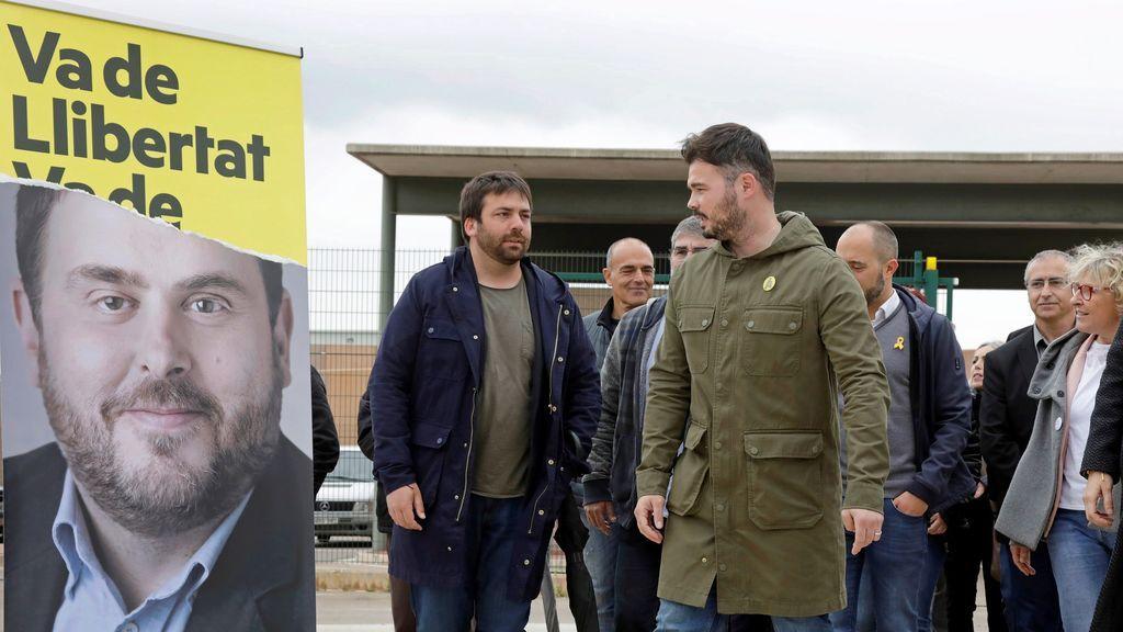 Rufián lleva la campaña de ERC a la prisión de Lledoners
