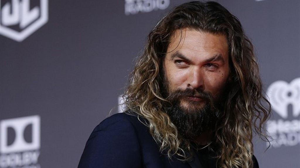 Jason Momoa, el actor de Aquaman, se afeita por primera vez en años por una buena causa