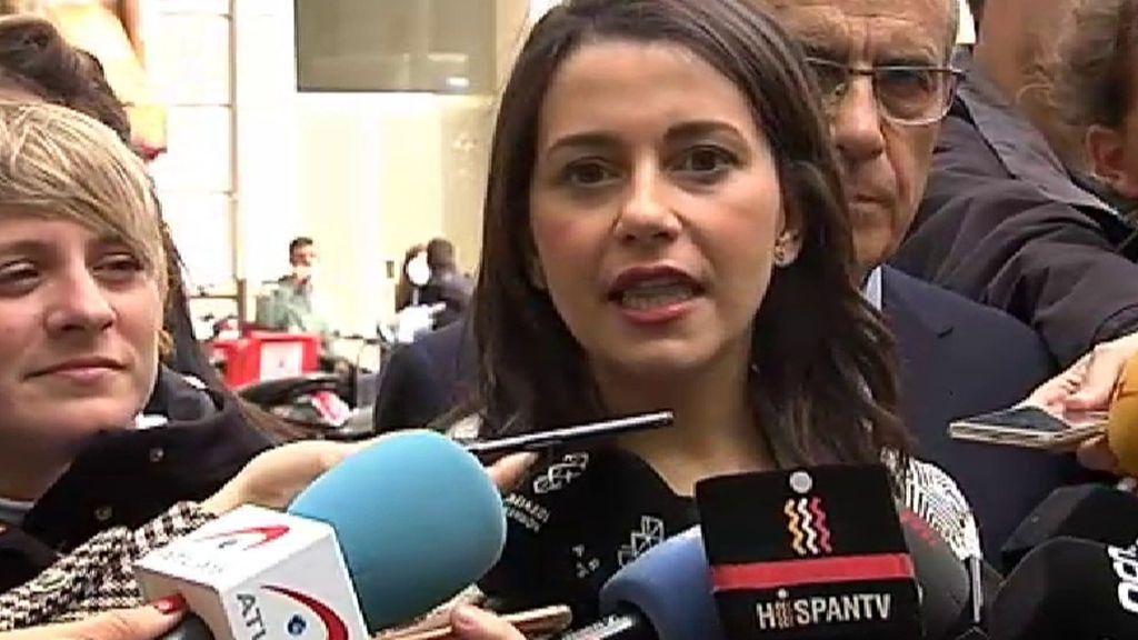 """Ciudadanos pide la dimisión de la directora de RTVE tras el """"bochorno"""" del debate electoral"""