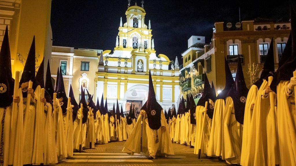 Sevilla vive su 'Madrugá'