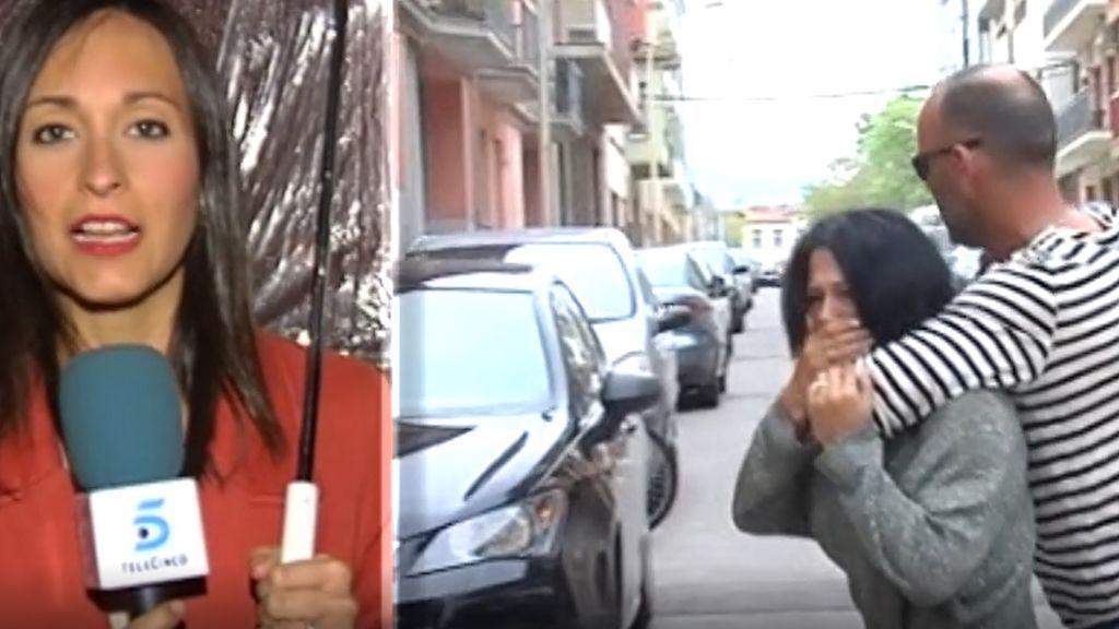 Rinden homenaje en Olot a la mujer víctima de violencia machista que no era agredida por primera vez
