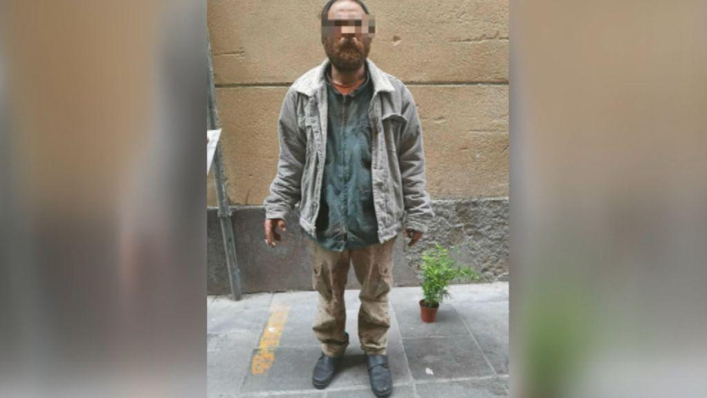 La imagen del hombre detenido por la salvaje violación a una mujer en Las Ramblas