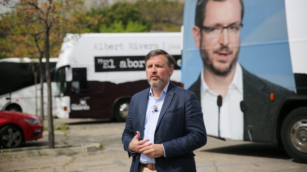 Hazteoír fleta tres autobuses contra PP, PSOE y Ciudadanos