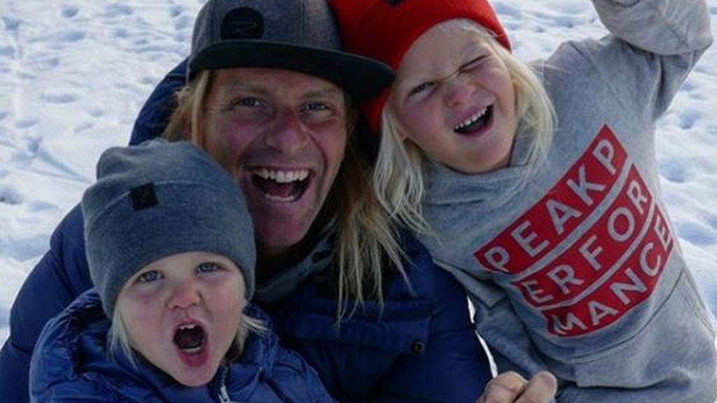 Treadway, aventurero que daba la vuelta al mundo con sus dos hijos, fallece tras caerse por una grieta mientras esquiaba