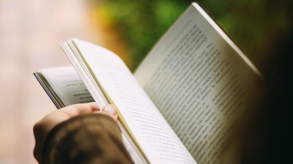 Encuentran cocaína en las hojas de tres libros infantiles en Colombia