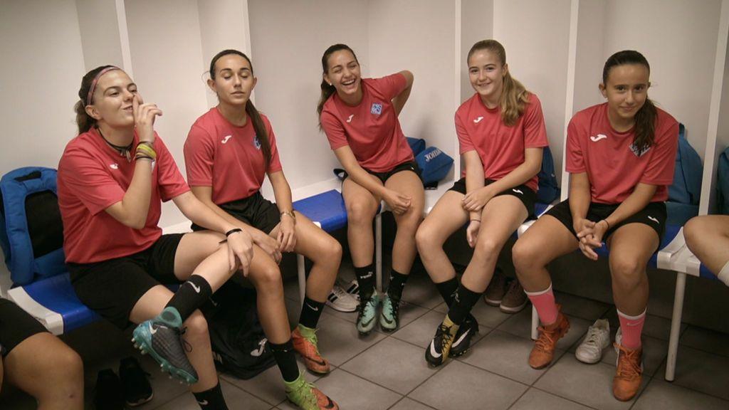 """Un equipo de fútbol femenino, campeón en una liga masculina: """"Recibíamos insultos pero al final ganábamos"""""""