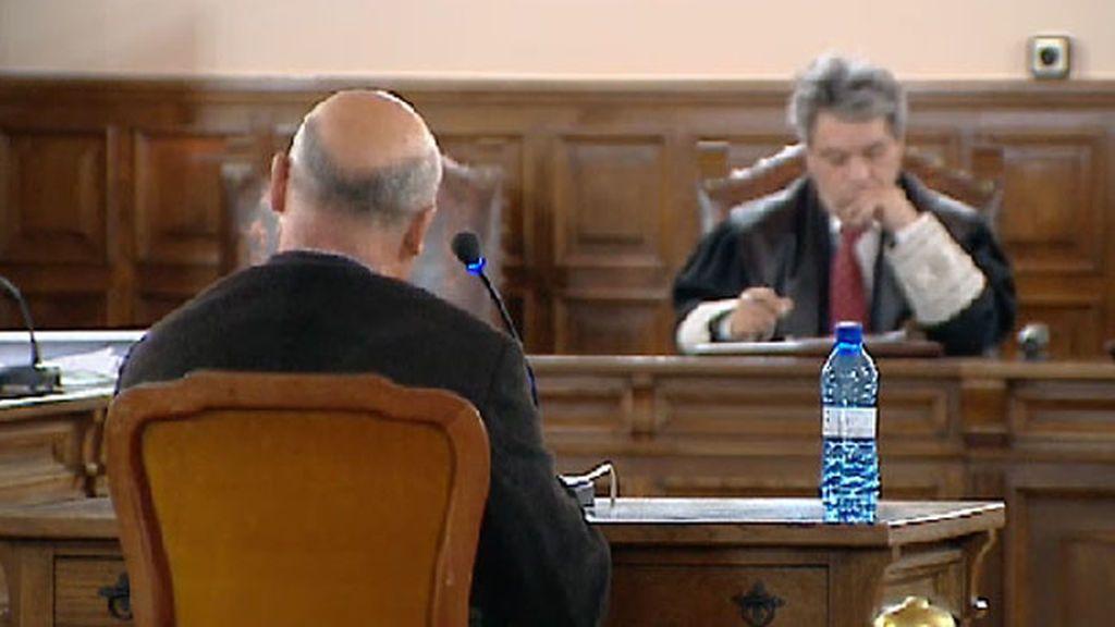 El profesor de piano de Cuenca acusado de abusar sexualmente de varios alumnos lo niega todo