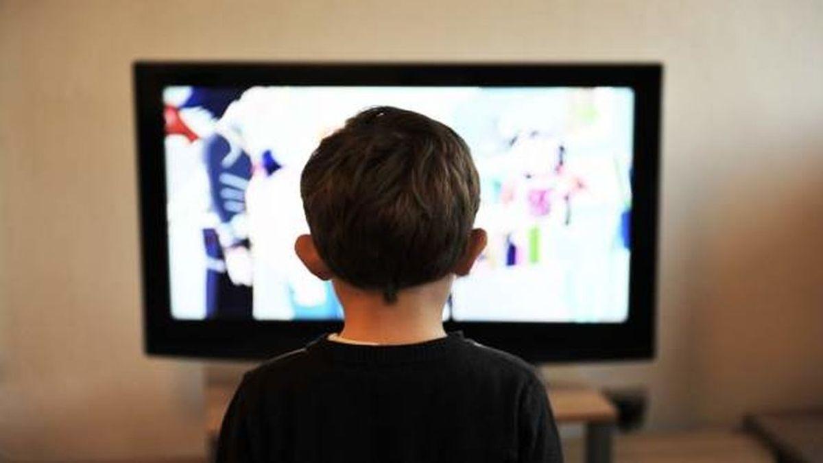 Máximo una hora diaria frente a la pantalla para los menores de 5 años
