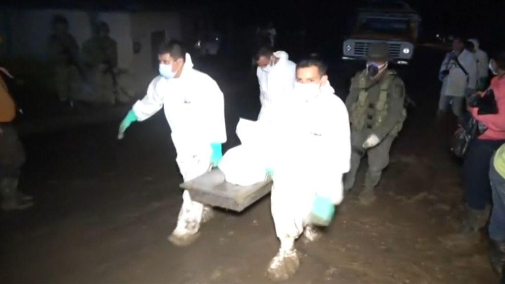 Ascienden a 32 el número de muertos en Colombia por deslizamientos de tierra