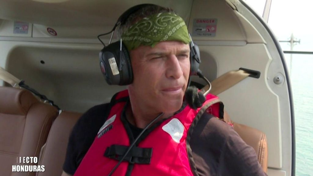 Carlos Lozano inaugura los saltos de 'Supervivientes 2019' y piden que le suban el helicóptero