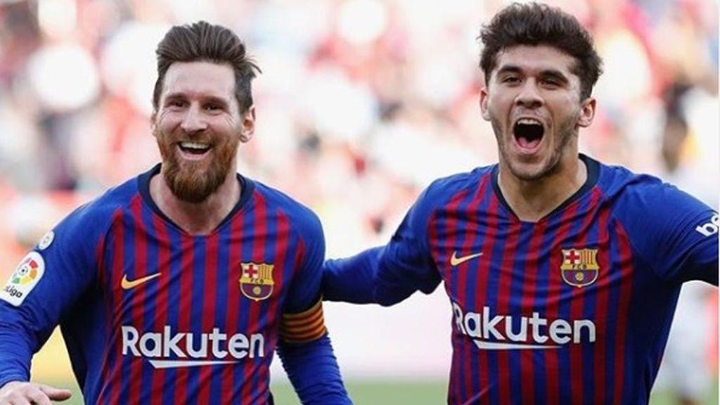 Leo Messi y Luis Suárez vacilan a Carles Aleñá tras la declaración de amor a su pareja