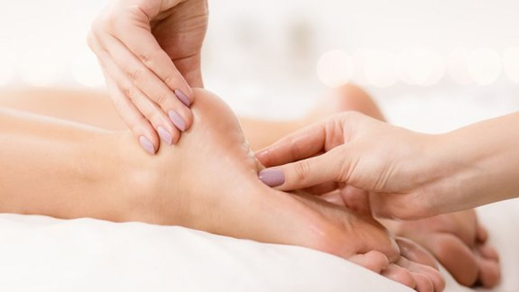 remedios-para-el-ardor-en-los-pies-y-consejos-576x384
