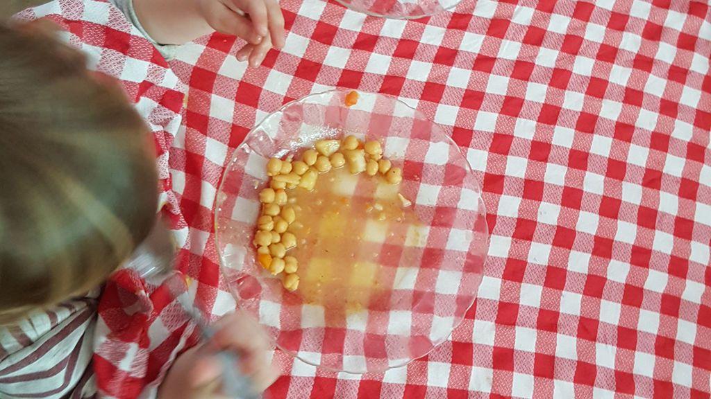 El menú de los niños incluye solo alimentos saludables