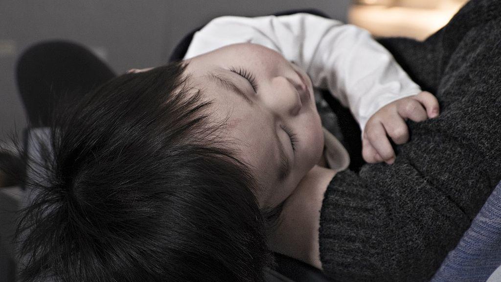 Monumental paliza a su hijo de 10 meses con parálisis cerebral porque no dejaba de llorar