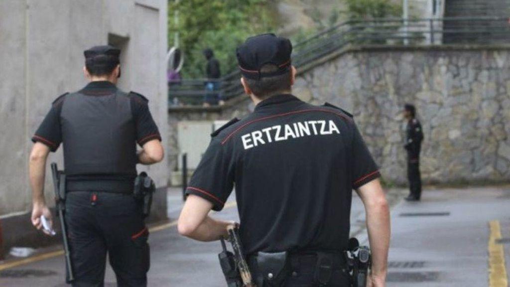 En comisaría los siete detenidos en San Sebastián tras la pelea que dejó grave a un menor