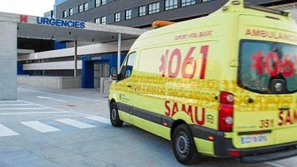 Un niño de 11 años en estado grave tras precipitarse desde varios metros de altura en Arenal (Mallorca)