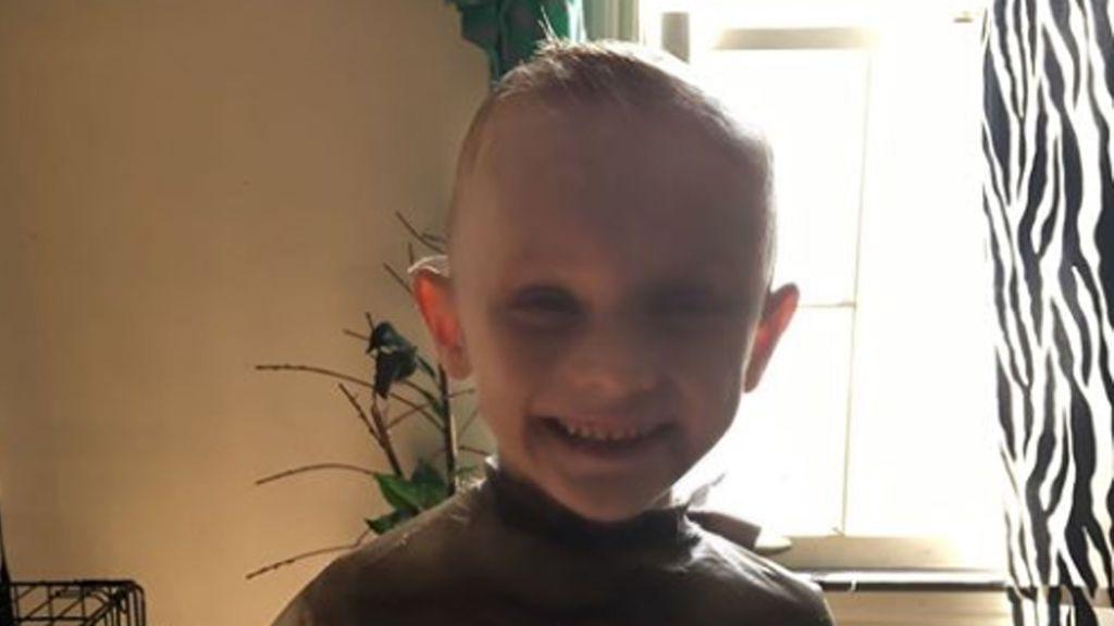 Palizas y duchas de agua fría: las últimas horas de Andrew Freund, el pequeño de 5 años asesinado por sus padres
