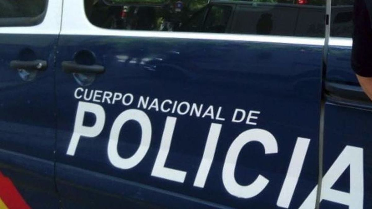 Detienen a una mujer por obligar a su hija de 12 años a robar en Málaga