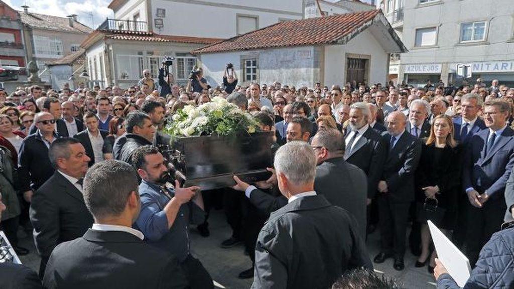 Emotiva despedida en Pontecesures a la pareja de españoles asesinados en Sri Lanka