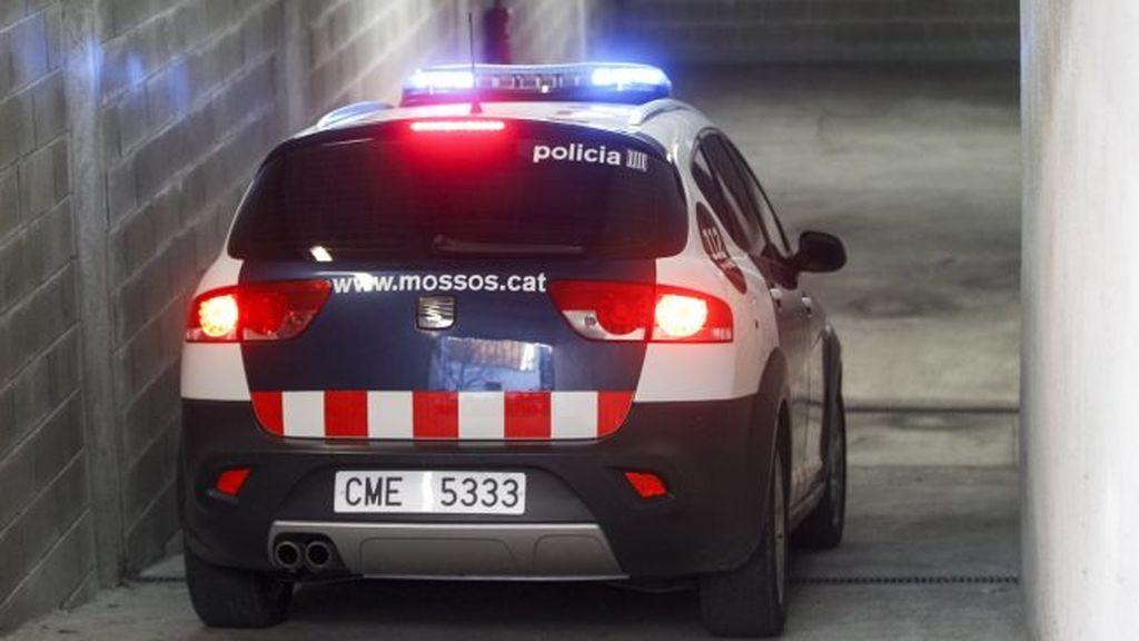 Encuentran el cadáver de un niño de 16 años frente a una escuela de Barcelona
