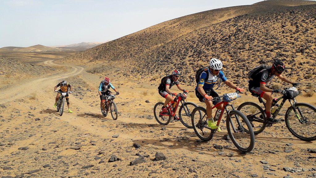 Muere el español Fernando Civera durante una etapa en la Titan Desert