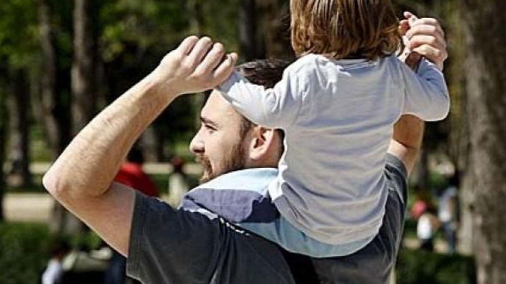 El gasto en prestaciones de paternidad se dispara un 28,3% hasta marzo tras la ampliación del permiso